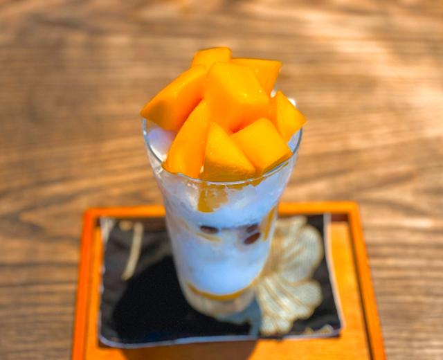 月和茶(ゆえふうちゃ)のかき氷1