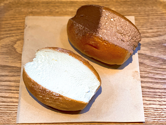 パンの田島のたっぷリッチコッペ1