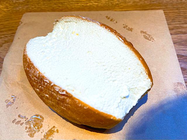パンの田島のたっぷリッチコッペ2