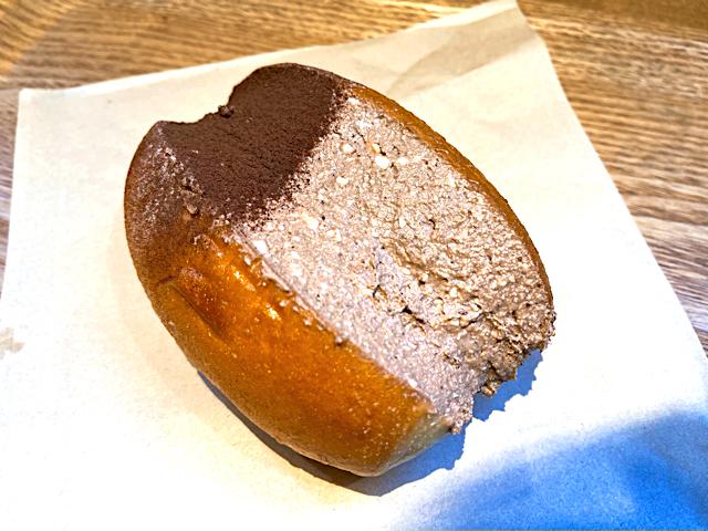 パンの田島のたっぷリッチコッペチョコクリーム
