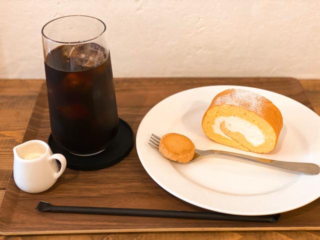 甘堂ふわ作のロールケーキ