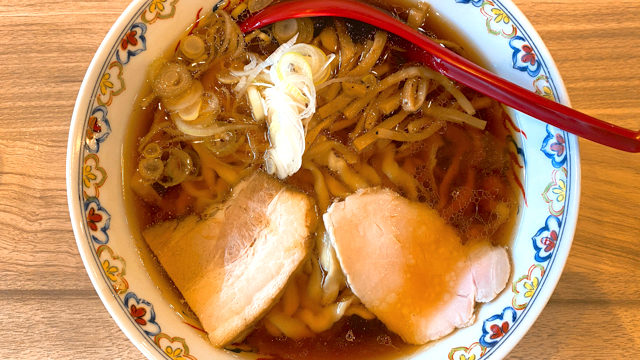 くじら食堂 nonowa東小金井店の醤油ラーメン
