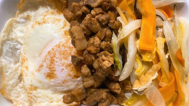 三鷹「台味弁当」のルーローハン