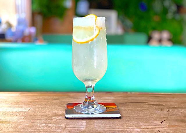 三鷹の喫茶店「あじさい」のレモンスカッシュ