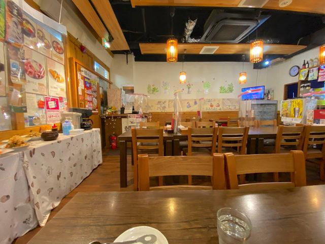 韓味楽(ハンミラク)の店内