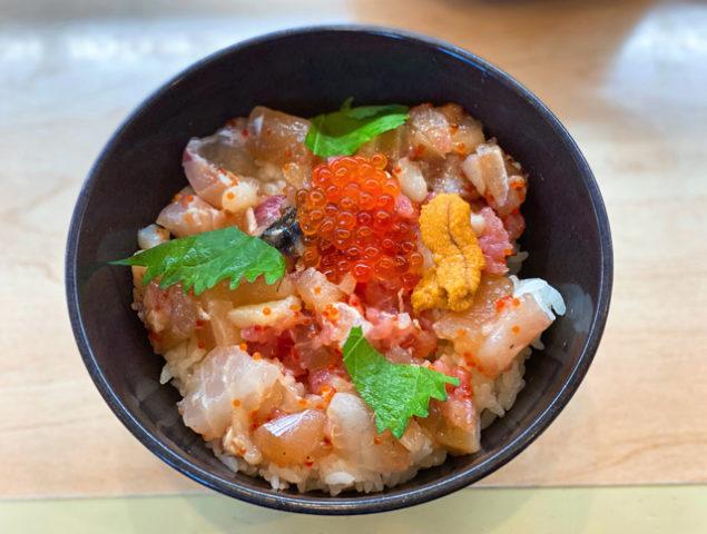 無添くら寿司 井草八幡宮店で平日限定の海鮮丼ランチ