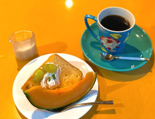 吉祥寺と西荻窪の間「ウッドストック」のケーキセット