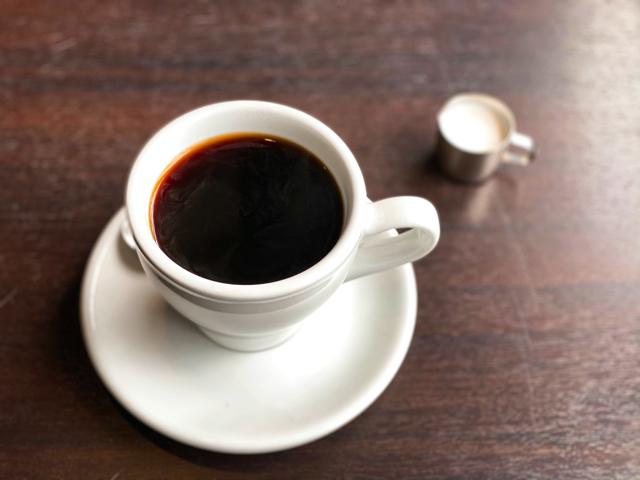 三鷹「ニンカフェ」のコーヒー