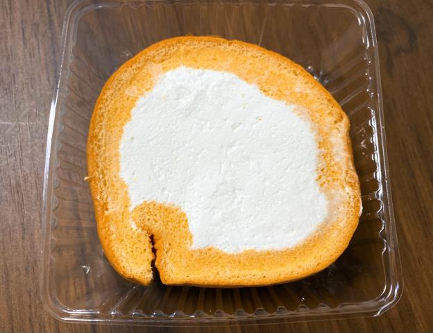 宅配弁当「nosh(ナッシュ)」のロールケーキ