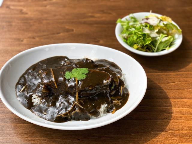 チーナテリア ハナヤ(HANAYA)の角煮ランチ