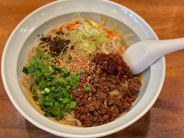 蒼龍唐玉堂(ソウリュウトウギョクドウ) 吉祥寺店の坦々麺