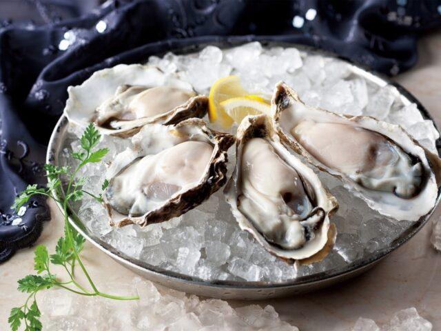 オイスターバー&天ぷら 西荻窪WHARF(ワーフ)の牡蠣