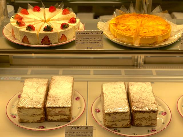 カフェ ド 銀座みゆき館 アトレ吉祥寺店のケーキ