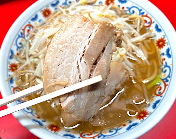 吉祥寺の二郎インスパイア系ラーメン屋「ハナイロモ麺」のラーメン3