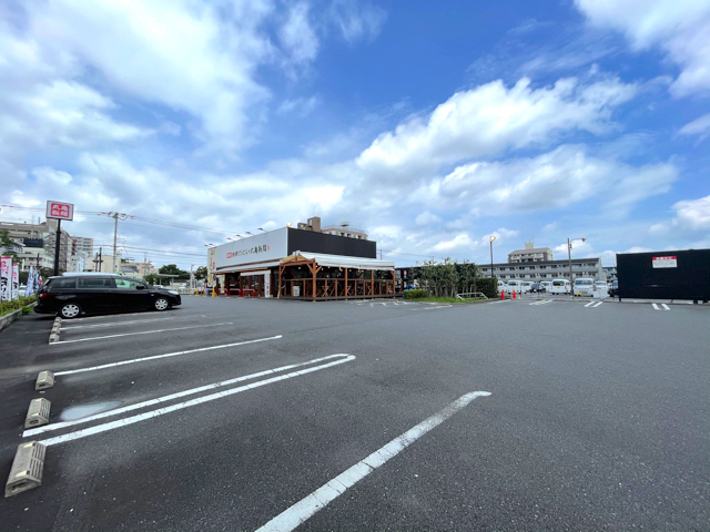 丸亀製麺 武蔵境店の駐車場