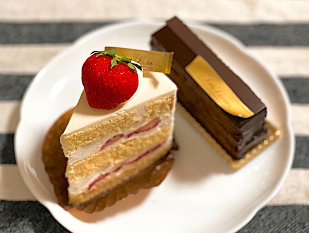 西荻窪「パティスリーレリアン」のケーキ1