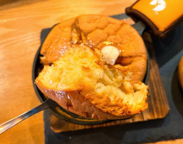 西荻窪「しんこぺ」のホットケーキ3